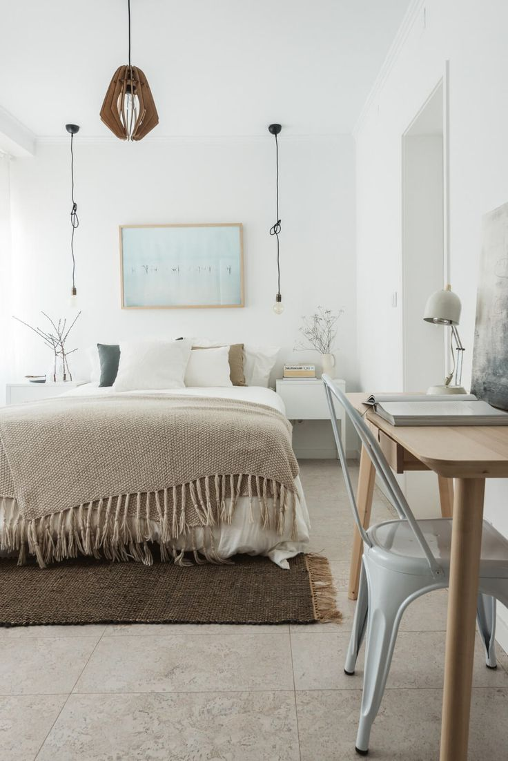 Apartment in S. Bento by Margarida Matias