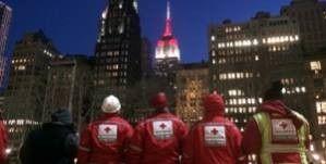 Milano celebra i 150 anni della Croce Rossa Italiana, accendendo la guglia di UniCredit Tower nella notte del 14 giugno 2014, in attesa della cerimonia di domenica 15 giugno.