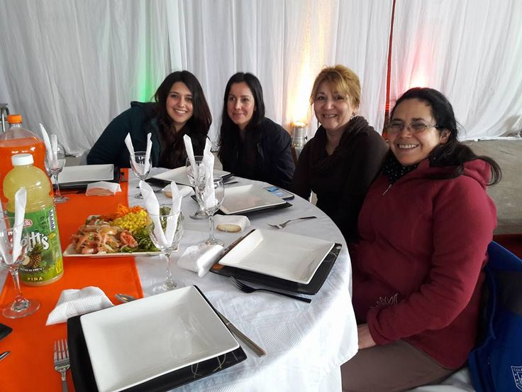 Celebración del día del profesor,felices de poder compartir con quienes forman parte del aprendizaje para nuestras vidas. #Tecnológicodaríosalas