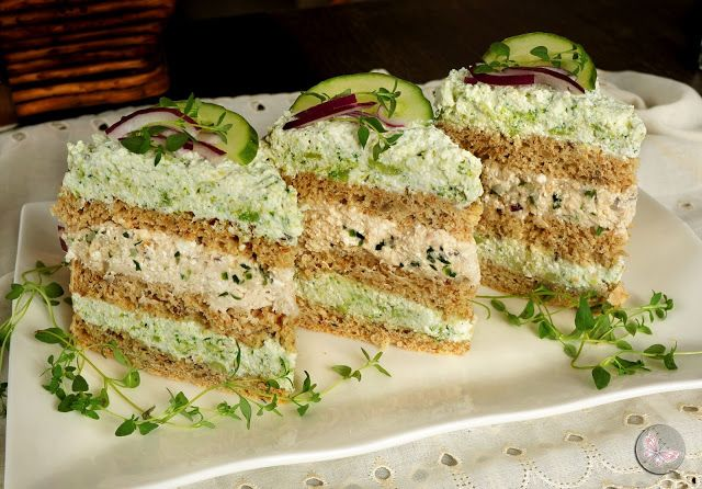 Doprawione fantazją...: Wykwintny tort chlebowy