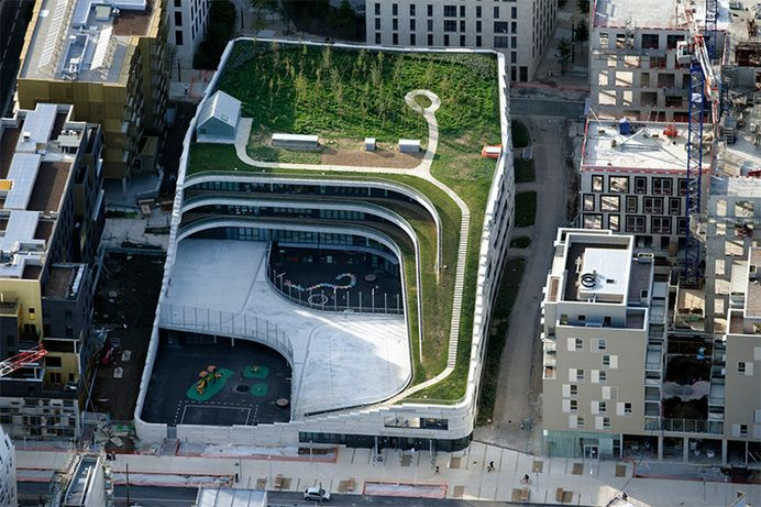 ENVIRONMENTS / chartier dalix's parisian primary school encourages biodiversity