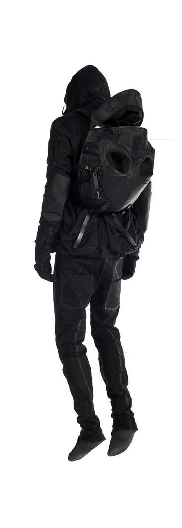 AITOR THROUP, NEW OBJECT RESEARCH 2013: casual accessories for the apocalypse.