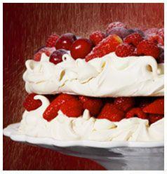 Berry Pavlova | Huletts Sugar