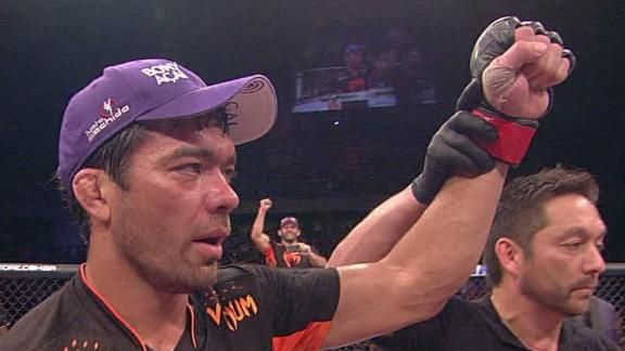UFC middleweight contender Lyoto Machida dominated Gegard Mousasi in a five-round unanimous decision at UFC Fight Night 36 on Saturday. http://murraywhitcombe.com/go/lyotomachida