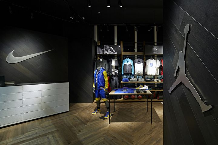 Nike Basketball shop by Specialnormal Chiba Japan 16 Nike Basketball shop by Specialnormal, Chiba   Japan