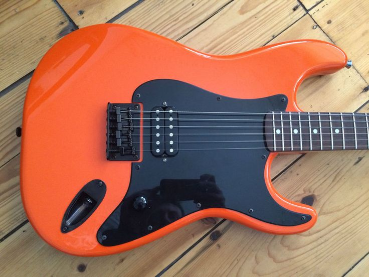 Fender Squier Bullet Special Limited Edition Stratocaster Electric Guitar 2003