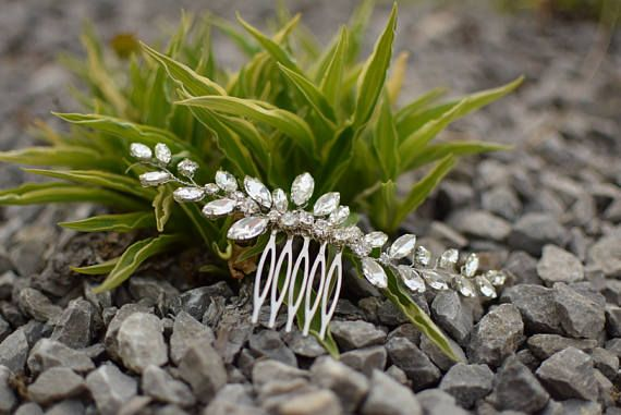 Wedding hair vine Bridal hair comb Hair accessories for