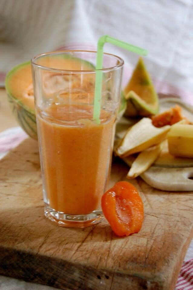 Smoothie abricot-melon-banane