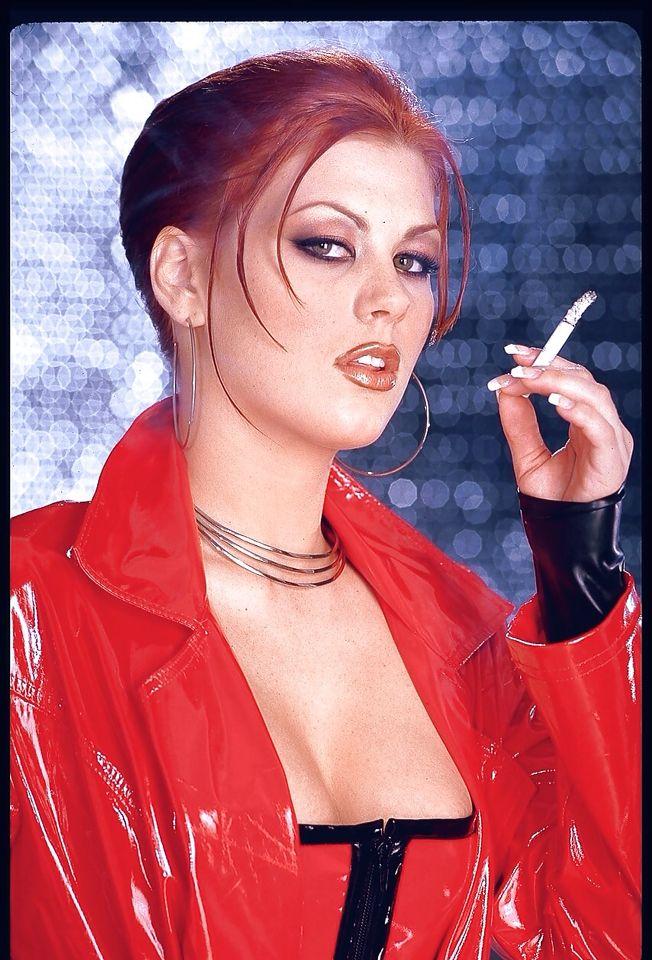 Smoking hot chicks with dicks, chloe moretz handjob