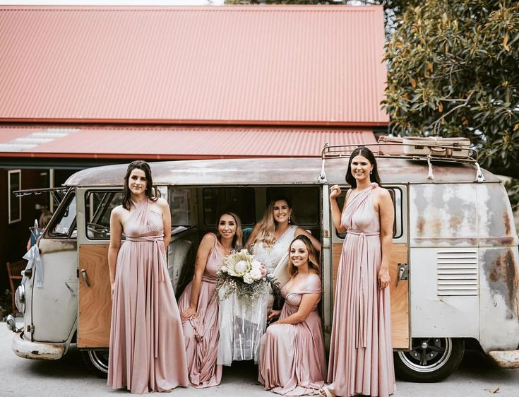 Wedding inspiration for classic car hire