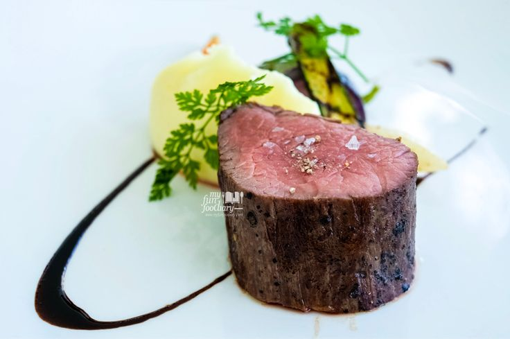 The Angus Tenderloin Steak was cooked perfectly and I loved the mashed potato so much which infused with truffle as well! ❤️ Full story: visit http://bit.ly/jumanabali?utm_campaign=coschedule&utm_source=pinterest&utm_medium=Mullie%20Marlina&utm_content=%5BBALI%5D%20Romantic%20Lunch%20Sea%20View%20at%20Ju-Ma-Na%2C%20Banyan%20Tree