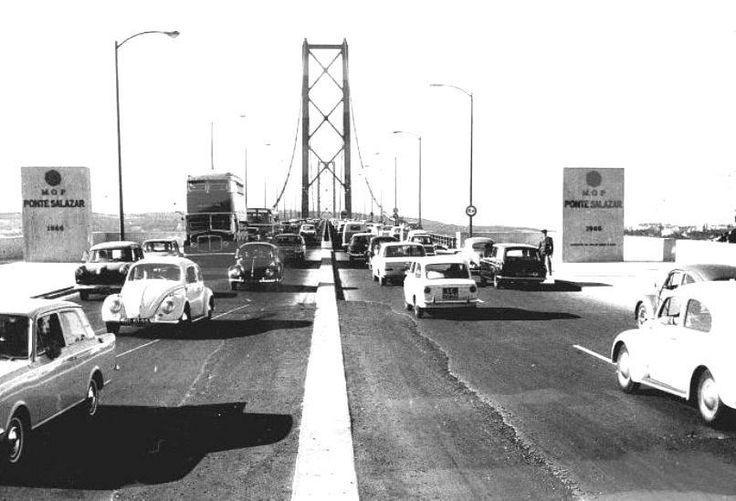 Tabuleiro da ponte Salazar - 25 de Abril - 1968 - 016