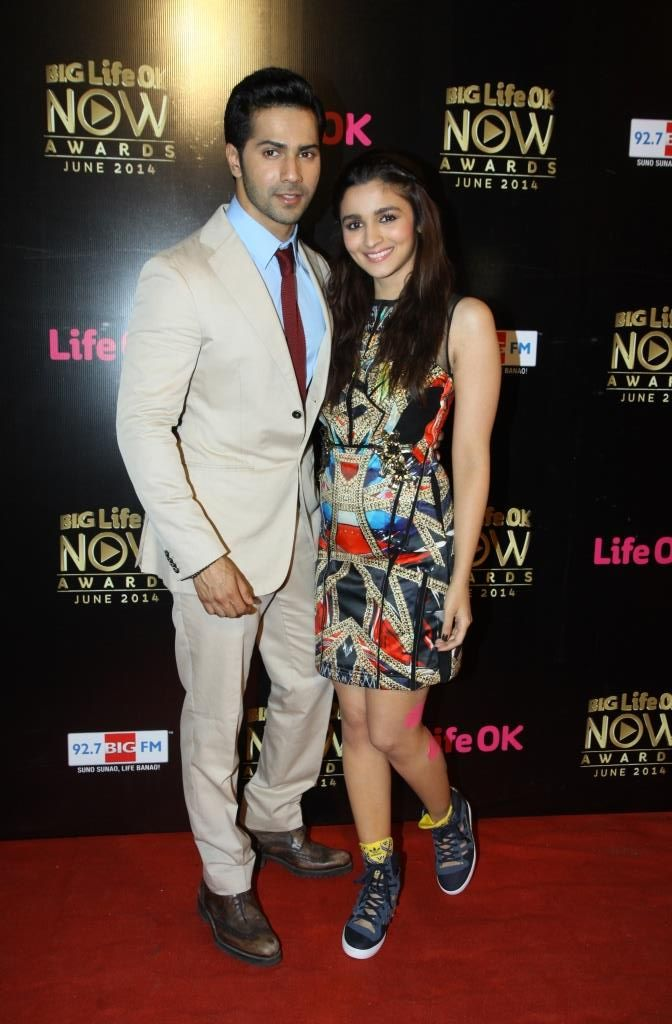 Varun Dhawan and Alia Bhatt at the 'BIG Life OK Now' awards function. #Style #Bollywood #Fashion #Beauty