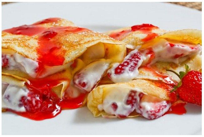 Strawberry and Mascarpone Crepes with Strawberry Syrup
