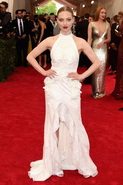 Amanda Seyfried in Givenchy Haute Couture at the 2015 Met Gala.