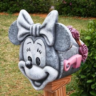 Minnie Mouse mailbox: Disney 9829, Acute Mailbox, Disney Mailbox, Personalized Mailboxes, Disney Bc, Disney Decor, Disney Disnerd, Mouse Mailbox, Dazzling O Disney