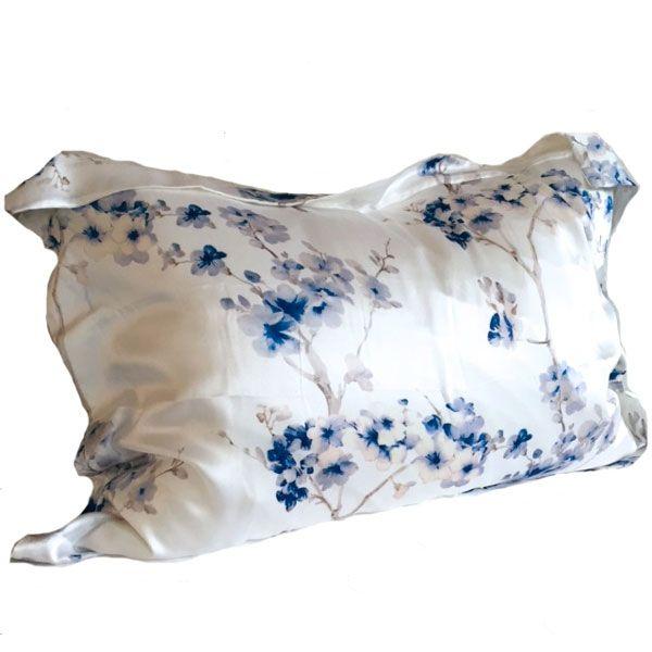 Silkeputetrekk i 100 % Charmeuse Mulberry silke..749,- Hindrer håravfall samt…