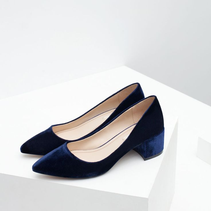 BLOCK HEEL VELVET SHOES-Shoes-WOMAN | ZARA United States