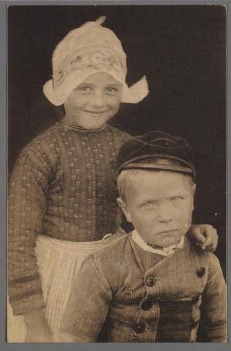 Broer en Zus, Volendam 1905-1920
