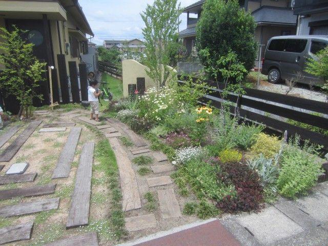 施工後 半年経過 花壇