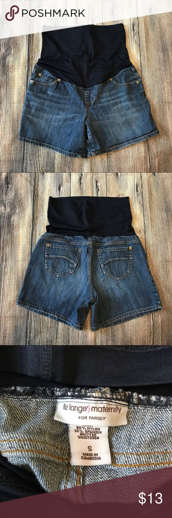 "Maternity shorts Worn a few times but no flaws. Inseam-4 1/2"" Liz Lange for Target Shorts Jean Shorts"