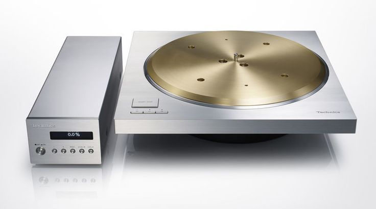 This Technics Turntable is a 1970s Nod Served Up With a 7kg of Brass Platter