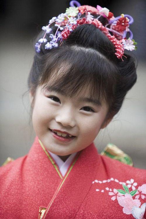 Wearing special kimono at her Shichigosan Coming Of Age Day. Shichigosan, Kasuga Shrine, Nara, Japan. Photography By Jon Bower On Flickr