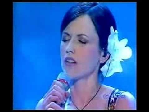 Ave Maria (live) - Dolores O'riordan