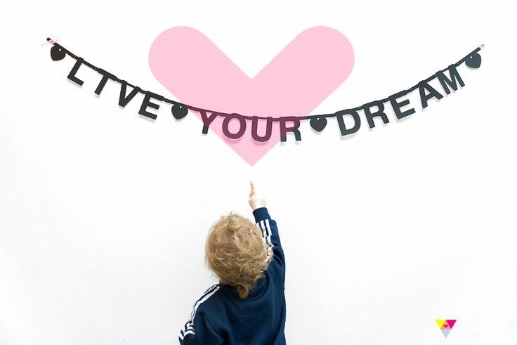 #Wordbanner #tip: Live your dream - Buy it at www.vanmariel.nl € 11,95