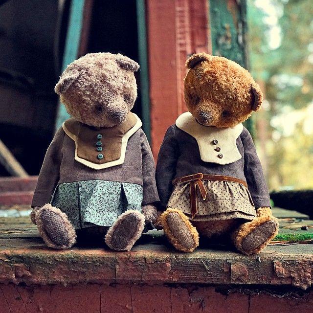 http://instagram.com/teddyandberry/