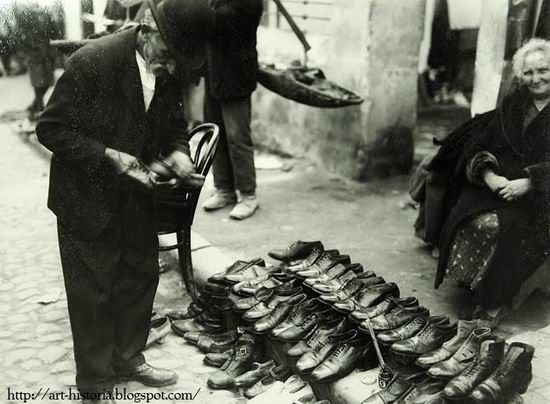 Nicolae Ionescu, Used and repaired shoes on the Taica Lazăr
