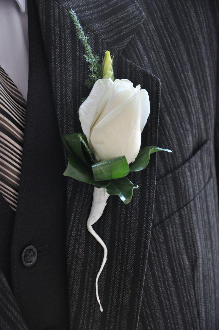 #Cocarda delicată din #trandafir cu #livrare în mun.#Chișinău, #Moldova. #butoniere #nunta