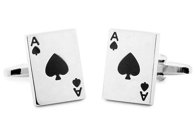 gemelos camisa https://www.corbatasygemelos.es/gemelos-originales-y-divertidos/124-gemelos-carta-poquer.html