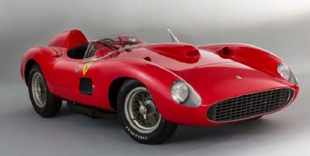 Un Ferrari de curse din anii 50, cumparat cu 32 millioane de euro!