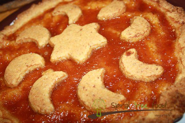 Crostata vegan alle mandorle con marmellata di albicocche Compleanno di Elisa