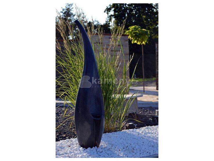 Vápencová fontána je vyrobená z přírodního kamene. Můžete ji použít v interiéru…