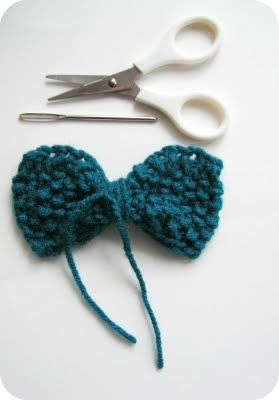 How to knit 4 different bows. Could add one to my headband I knitted :)