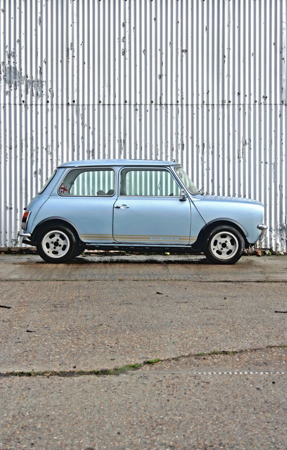 baby blue Mini Clubman