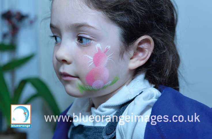 Blue Orange Images facepainting Watford, Girl with Bunny on her cheekr
