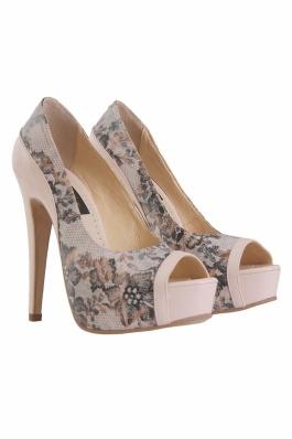 Pantofi peeptoe bicolori  din piele naturala cu imprimeu dantela si piele nude..Toc inalt de 13 cm si platforma imbracata 3 cm.Foarte comozi datorita platformei inalte.