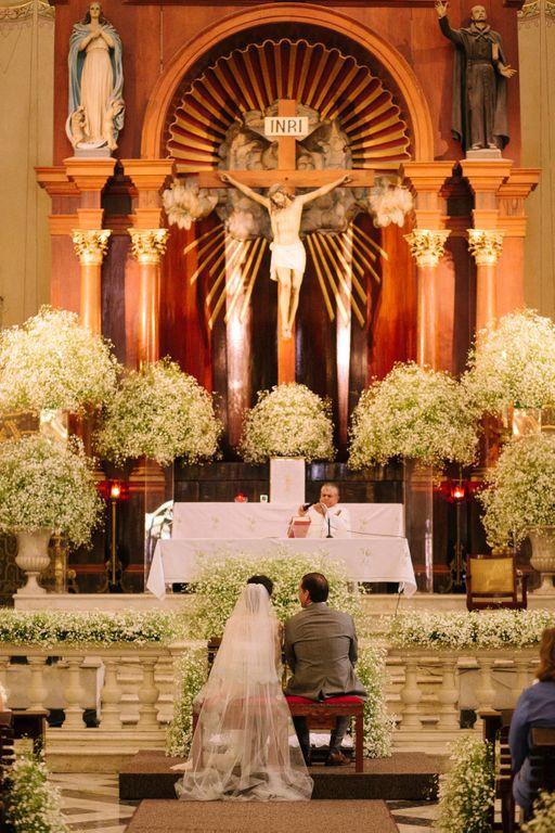 altar, lleno de nubecilla