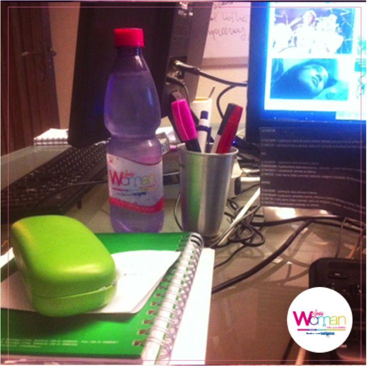 La mejor hidratación mientras trabajo #Woman #FrutosdelBosque