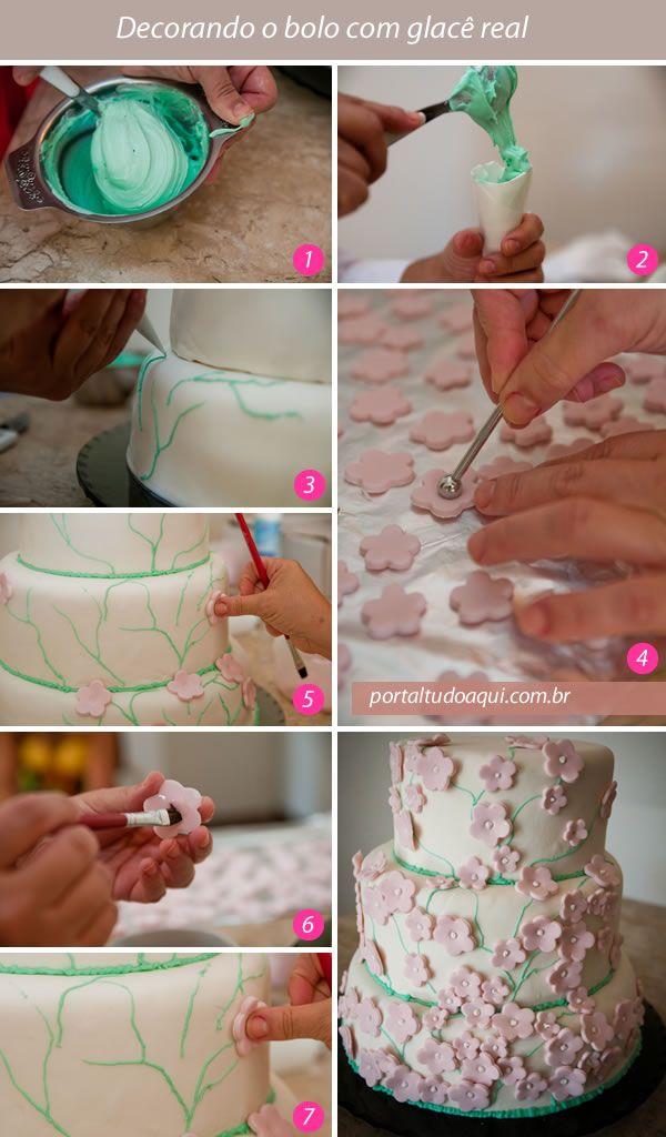 Decorando o bolo com glacê real