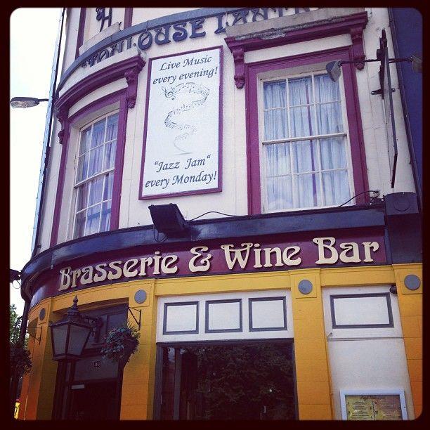 Brasserie & Wine Bar Toulouse Lautrec in Kennington, Greater London