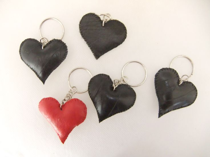 Heart-shaped key chain (leather, inner tube)