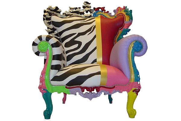 multicolor-armchair-from-fuiano-fit-for-a-queen-1.jpg