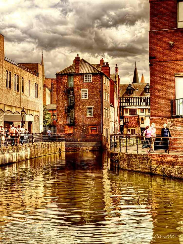 River Witham in New Boultham, Lincoln, Lincolnshire_ England