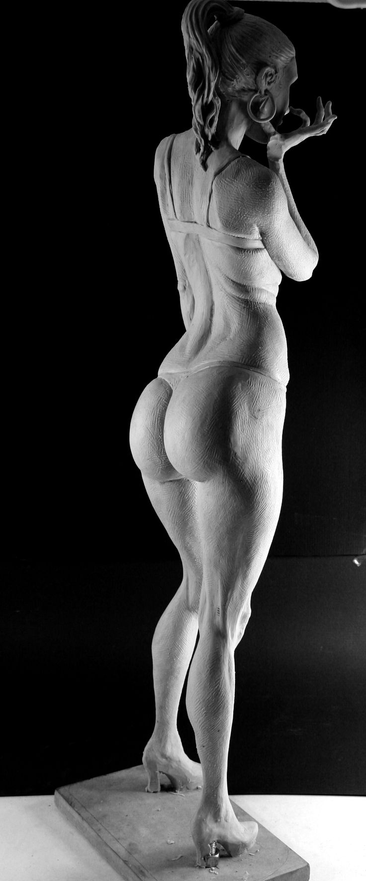 mujer_19_by_rieraescultura_art-d4pq0do.jpg 1,272×3,056 pixels