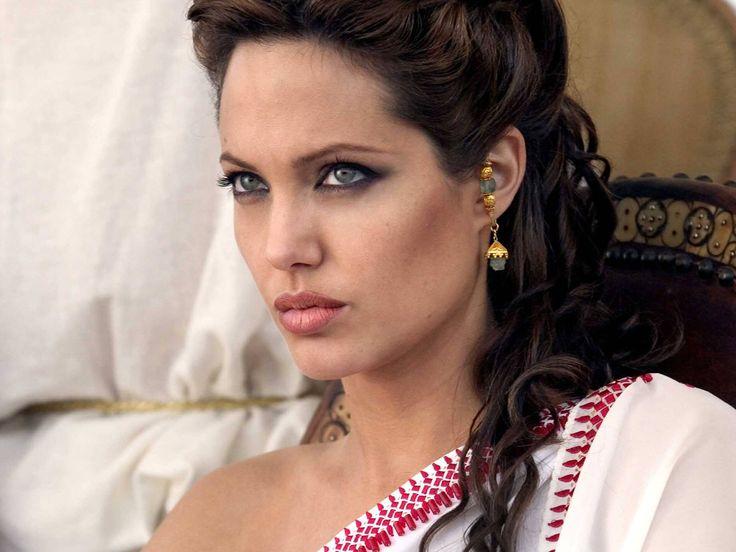 Beautiful Angelina Jolie wallpaper 17841
