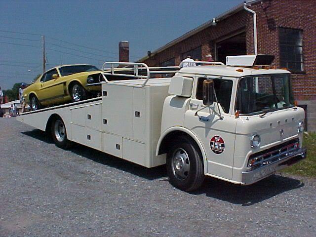 vintage car hauler | Slick 60u0027s u2022 View topic - what size 60u0027s style Ford truck & 74 best car hauler images on Pinterest | Tow truck Cars and Trucks markmcfarlin.com